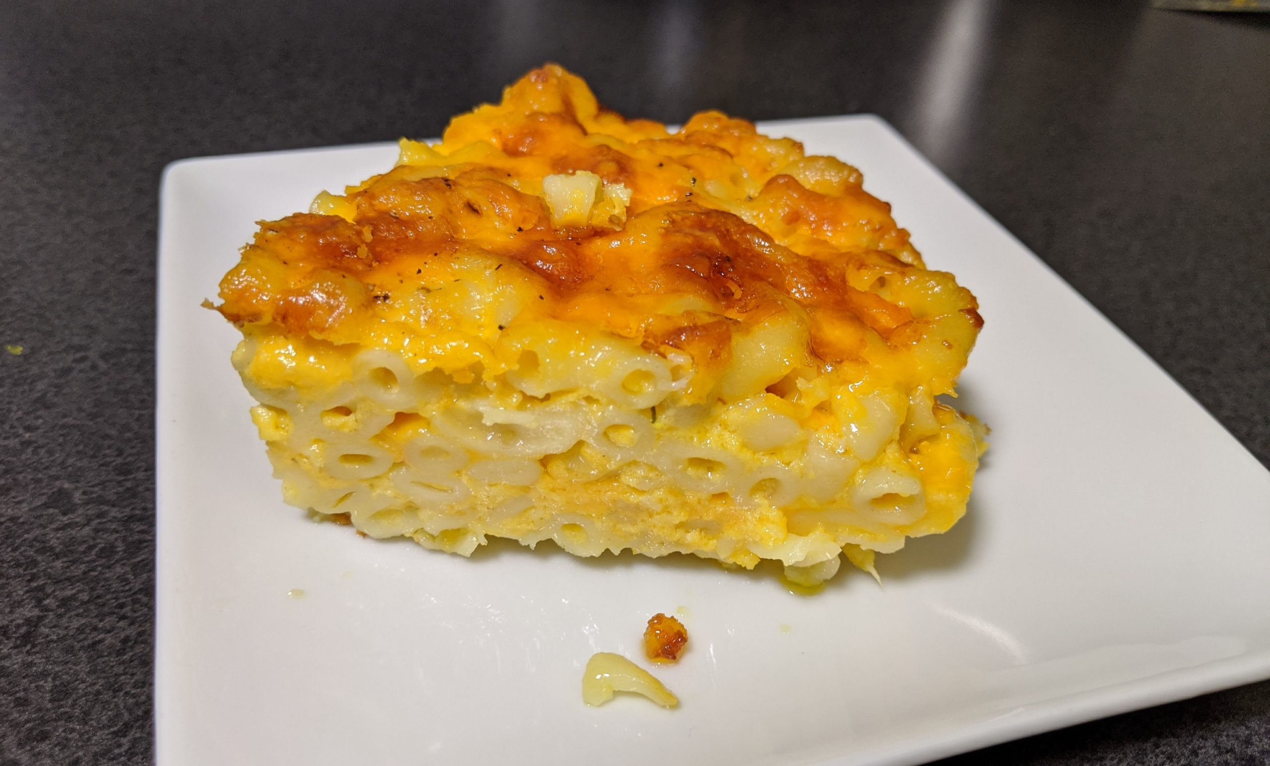Cast Iron Macaroni and Cheese Easy Recipe